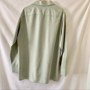 Doc & Amelia Shirts - 3/$25🌴 Doc & Amelia Men's Solid Button Down Shirt